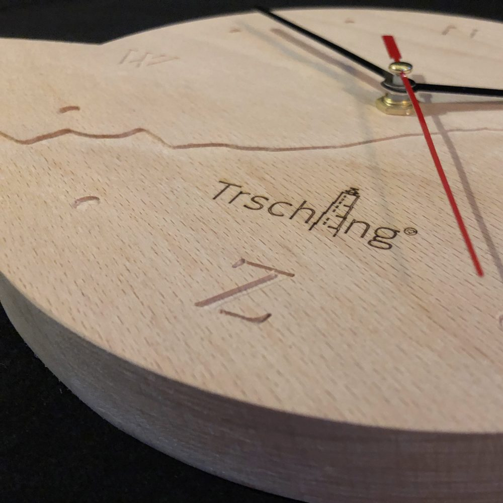 Trschllng Klok van hout